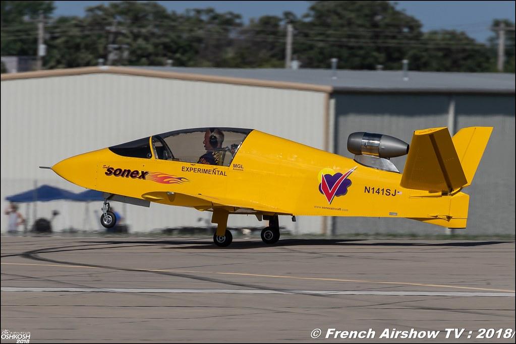 SubSonex MicroJet Vertigo Airshows sonex EAA AirVenture Oshkosh 2018 Wisconsin Canon Sigma France contemporary lens Meeting Aerien 2018