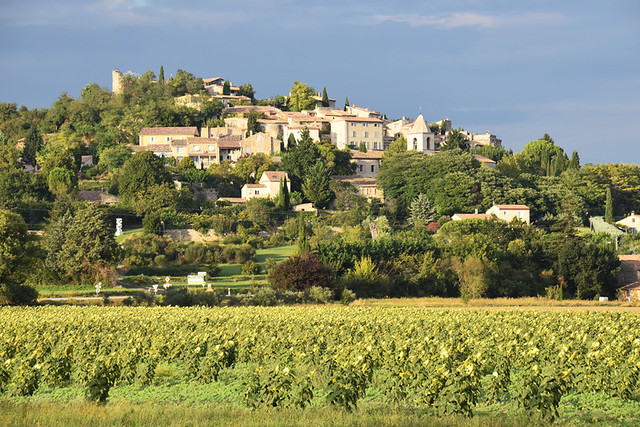 Village-perche, Drome Provencal, France