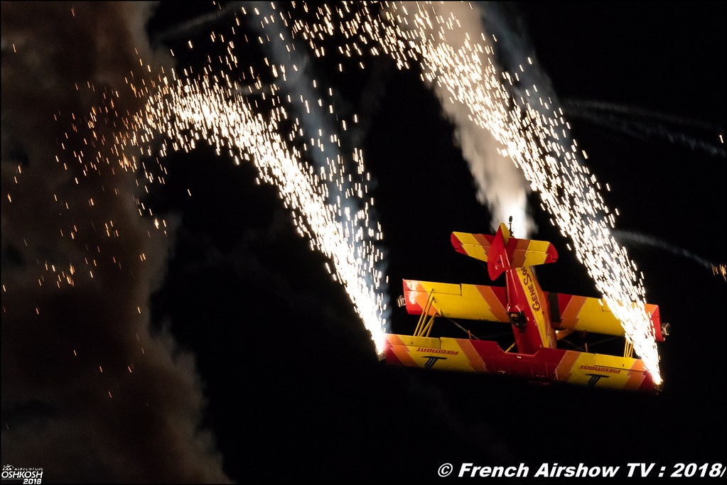Grumman G-164 Ag-Cat - NX7699 Gene Soucy Airshows Night Airshows EAA Air Venture Oshkosh 2018 Wisconsin Canon Sigma France contemporary lens Meeting Aerien 2018