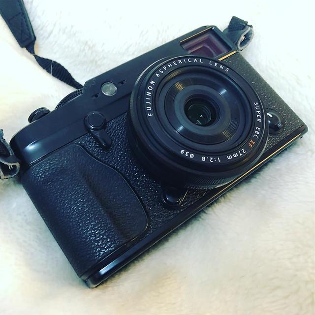 富士神餅FUJIFILM XF 27mm f2.8