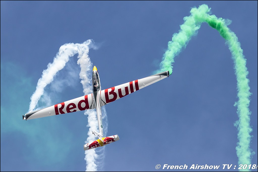 Red Bull X Glider Red Bull Glider Aerobatics Luca Bertossio BAFDAYS Kleine-Brogel 2018 BELGIAN AIR FORCE DAYS 2018 BA Kleine Brogel Canon Sigma France contemporary lens Meeting Aerien 2018