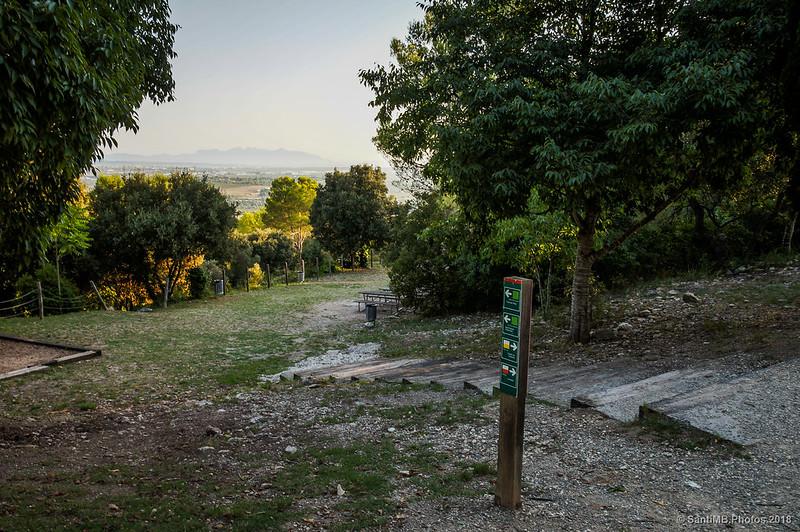 Zona de recreo del Conjunto monumental de Olèrdola