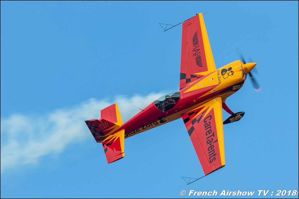 Extra 330SC OO-SDJ Onze Zorg BAFDAYS Kleine-Brogel 2018 BELGIAN AIR FORCE DAYS 2018 BA Kleine Brogel Canon Sigma France contemporary lens Meeting Aerien 2018