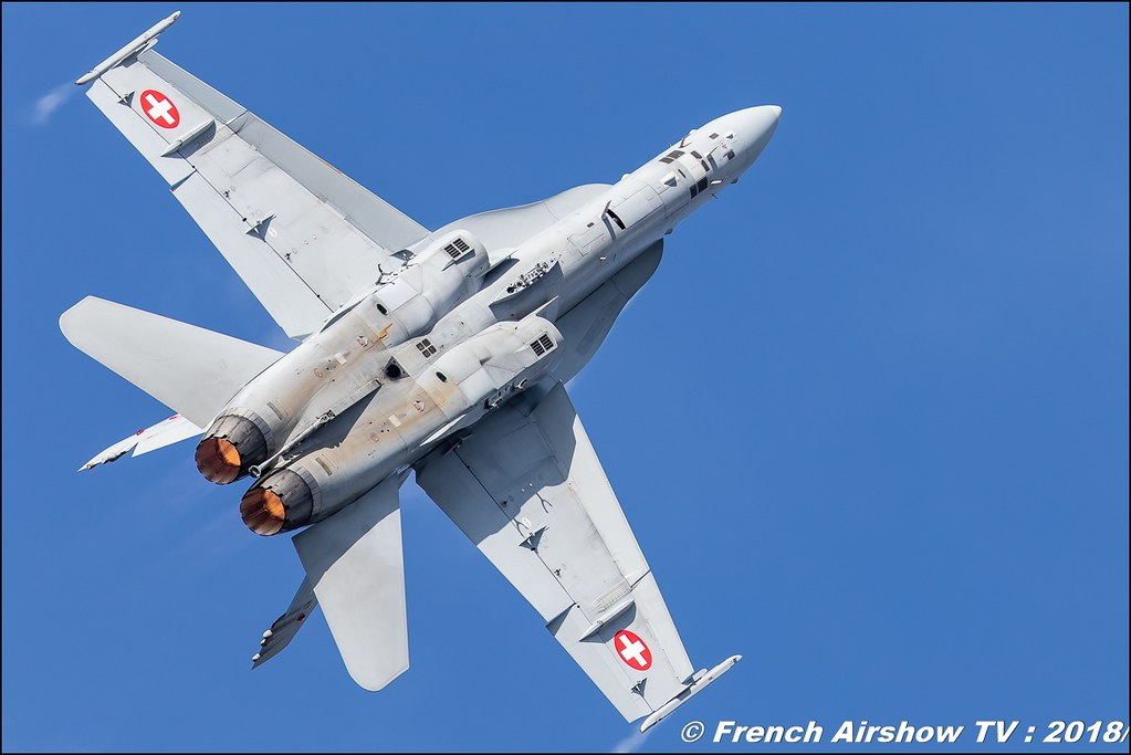 F/A-18 Hornet Solo Display swiss hornet display team BAFDAYS Kleine-Brogel 2018 BELGIAN AIR FORCE DAYS 2018 BA Kleine Brogel Canon Sigma France contemporary lens Meeting Aerien 2018