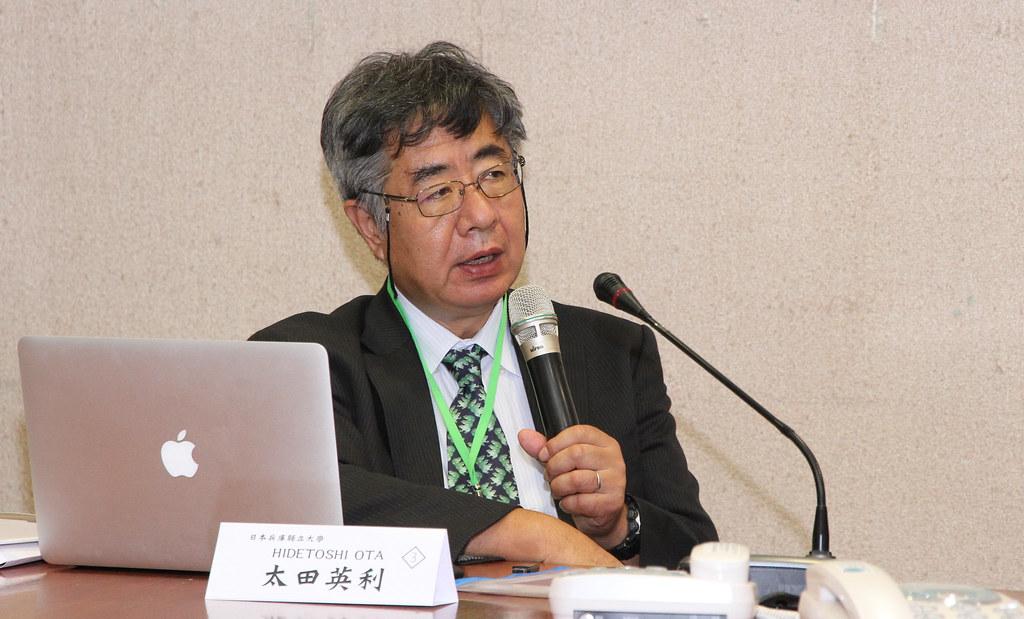 日本學者太田英利教授。