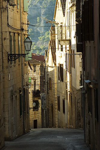 A silent town of winding narrow streets (Komiza, Vis island) | by Load.Error