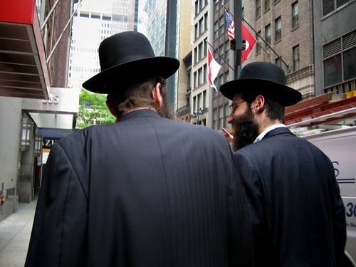 Orthodox Jewish men in Manhattan | by Ernst Moeksis