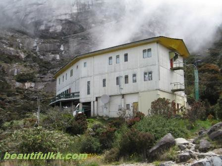 Laban Rata Resthouse | by olombon