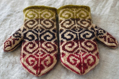 Mom's Mittens | by helloyarn