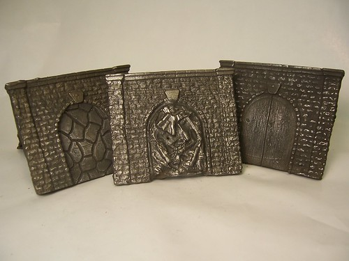 Cast iron belt buckles with