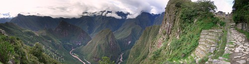 pano of Machu Picchu (far) | by jasonpearce