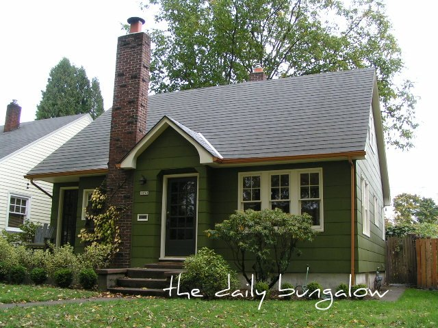 Exterior color schemes green paint colors for the - House paint colors exterior photos ...
