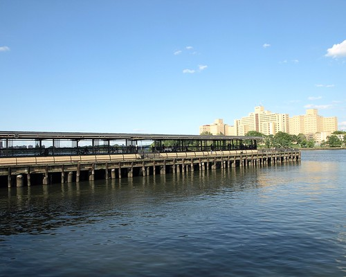 East Harlem Fishing Pier Harlem River New York City Flickr