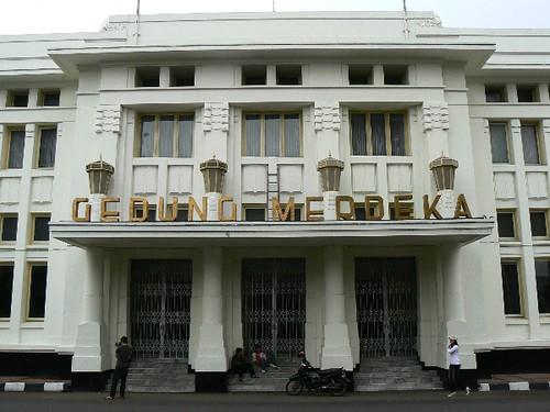 Art Deco in Bandung (Indonesia 2009)