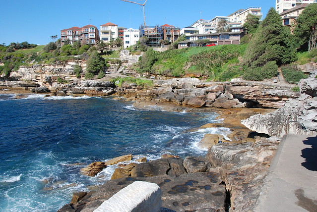 Bondi Beach to Coogee Cliff Walk