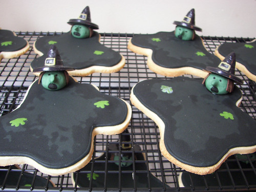 Melting Witch Cookies | by death by cupcake