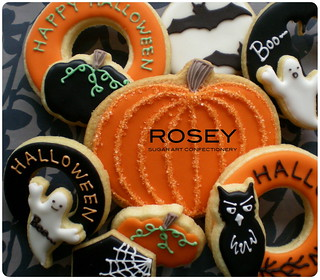 Halloween Cookie Gift | by rosey sugar