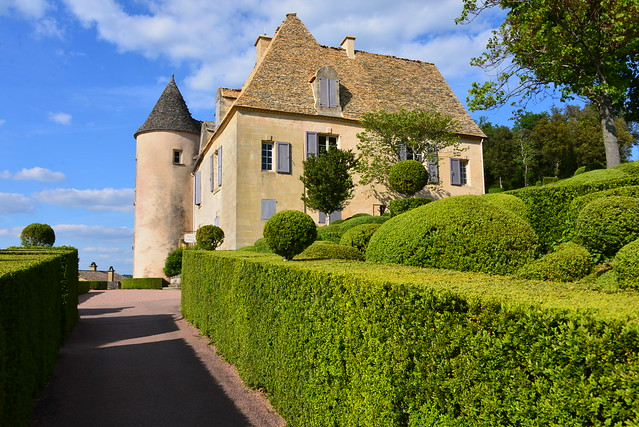 Vers le château de Marqueyssac