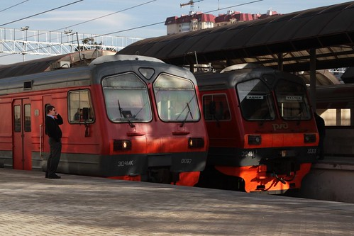 ЭД4МК and ЭД4М class Электропоезд (electric multiple unit) trains at Sochi
