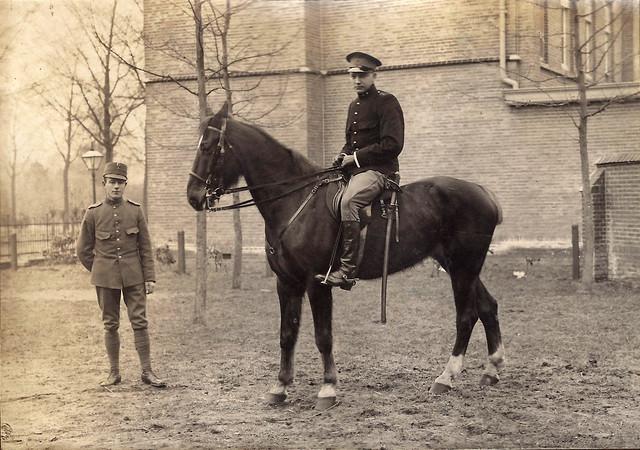 Fredrik Alberts horse-mounted