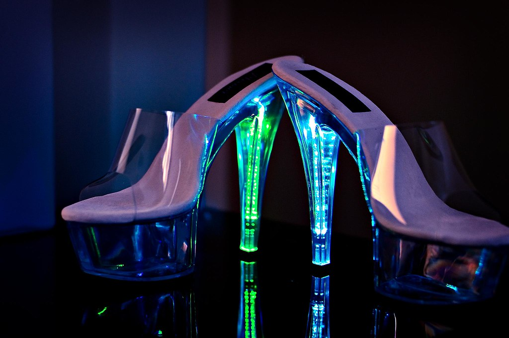 Led Light Shoes For Kid Uk