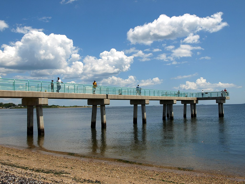 Princes bay fishing pier raritan bay staten island new for Staten island fishing