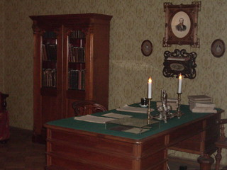 Dostoyevsky's writing desk | by erosenfield