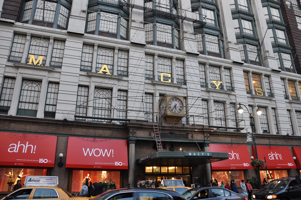 Visit your local DSW Designer Shoe Warehouse at West 34th Street in New York, NY to find your favorite brands and the latest shoes and accessories for women and men at great comfoisinsi.tkon: West 34th Street, New York, , NY.