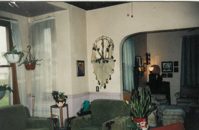 Inside old farm house 1991 two story five bedrooms for 2 story house inside