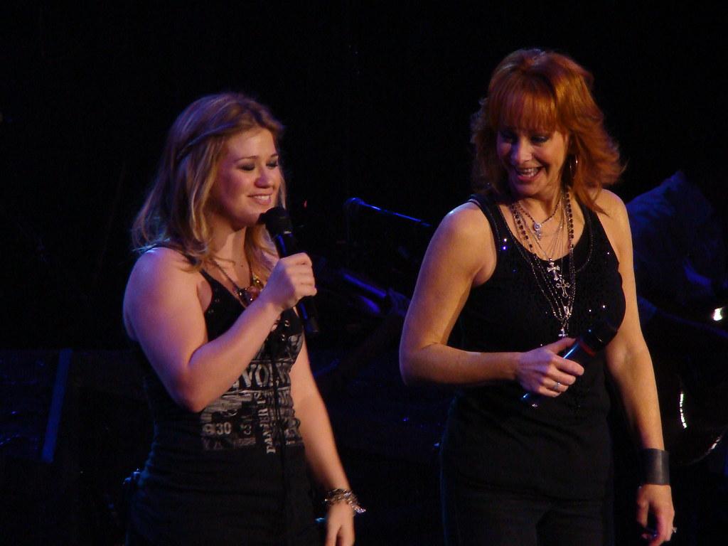 Kelly Clarkson + Reba   Van Andel Arena   Brittney Anyon ...