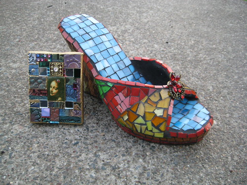 mosaic shoe and mini mosaic art flickr photo sharing. Black Bedroom Furniture Sets. Home Design Ideas