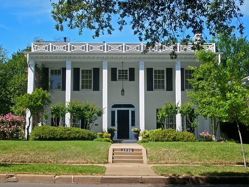 Southern Colonial Style House Berkeley Place Flickr