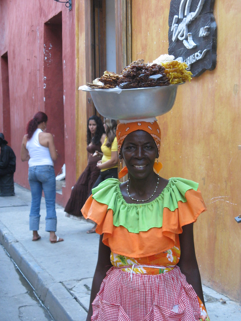 Palenquera | Women in Cartagena who carry their wares on