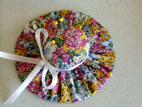 2007-4-15  hat pincushion | by Beverly's Fabrics