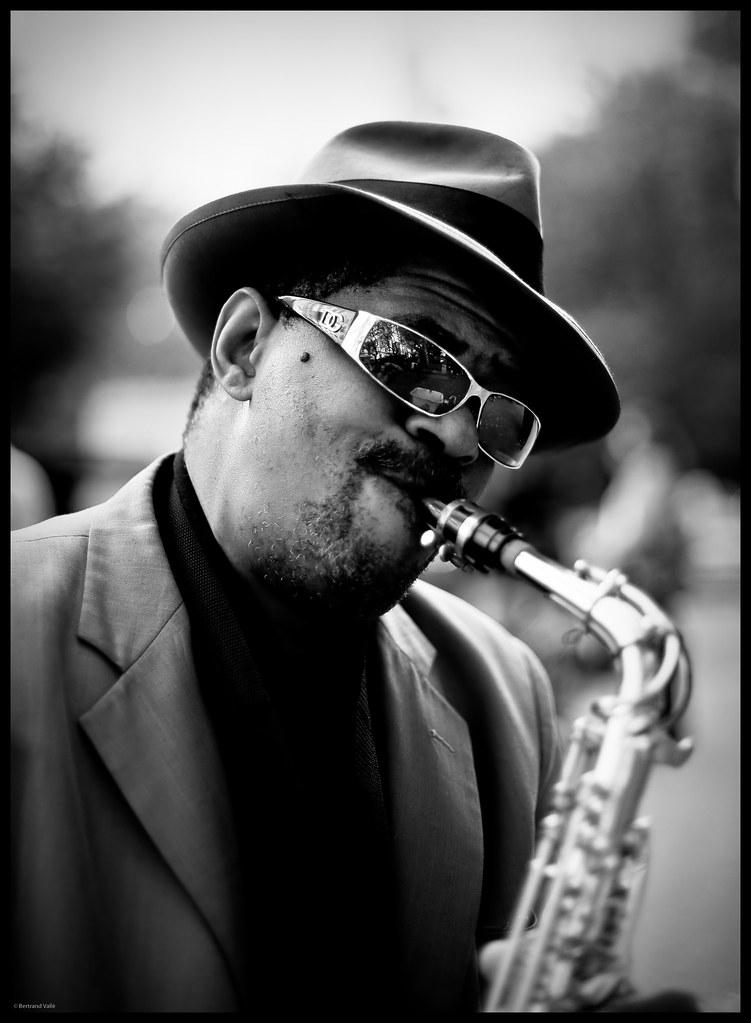 Street Jazz Man Playing Saxophone I Was Walking On Fifth