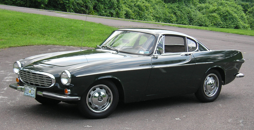 Jiffy Lube Oil Change >> 1967 Volvo P1800 S | This picture was taken shortly after a … | Flickr