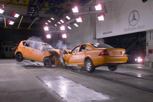 Mercedes S Class  Crash Test