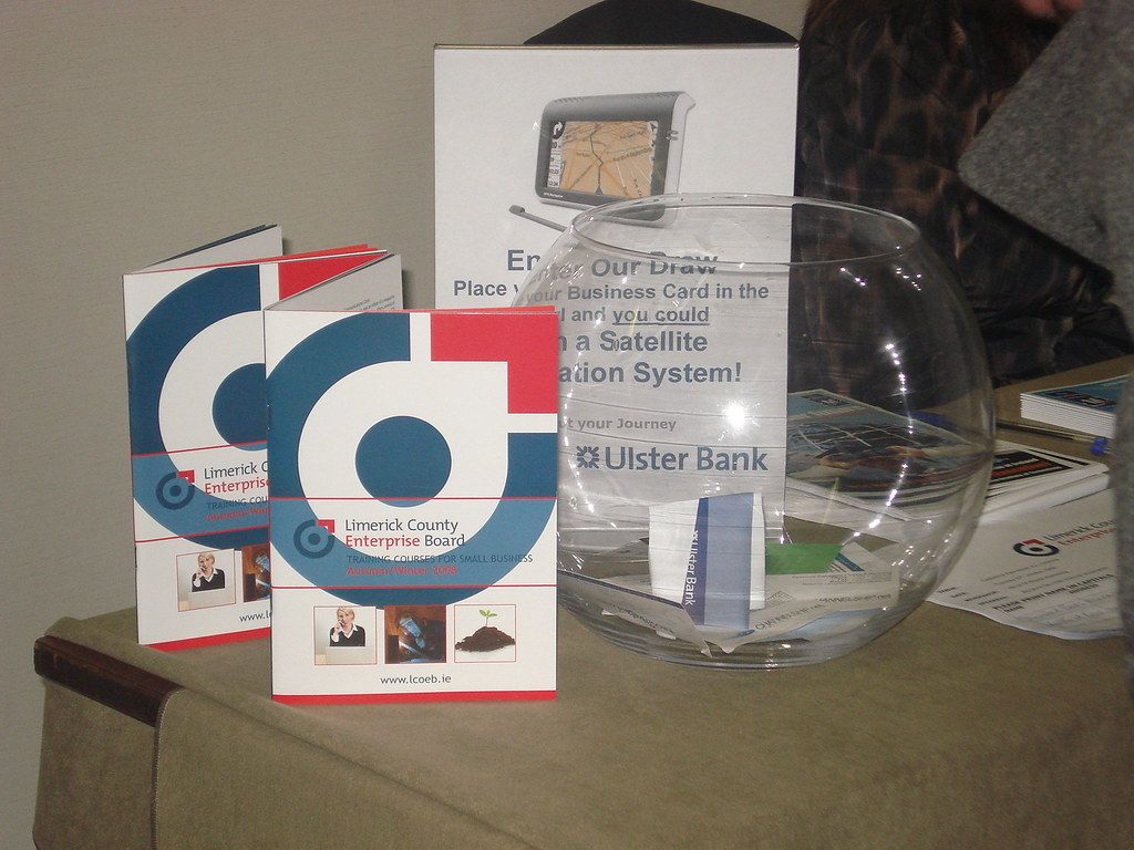 leave your business card to participate in the prize draw
