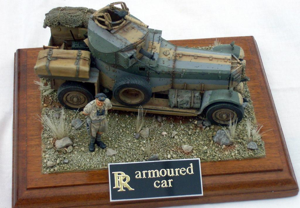 Model Rolls Royce armo...