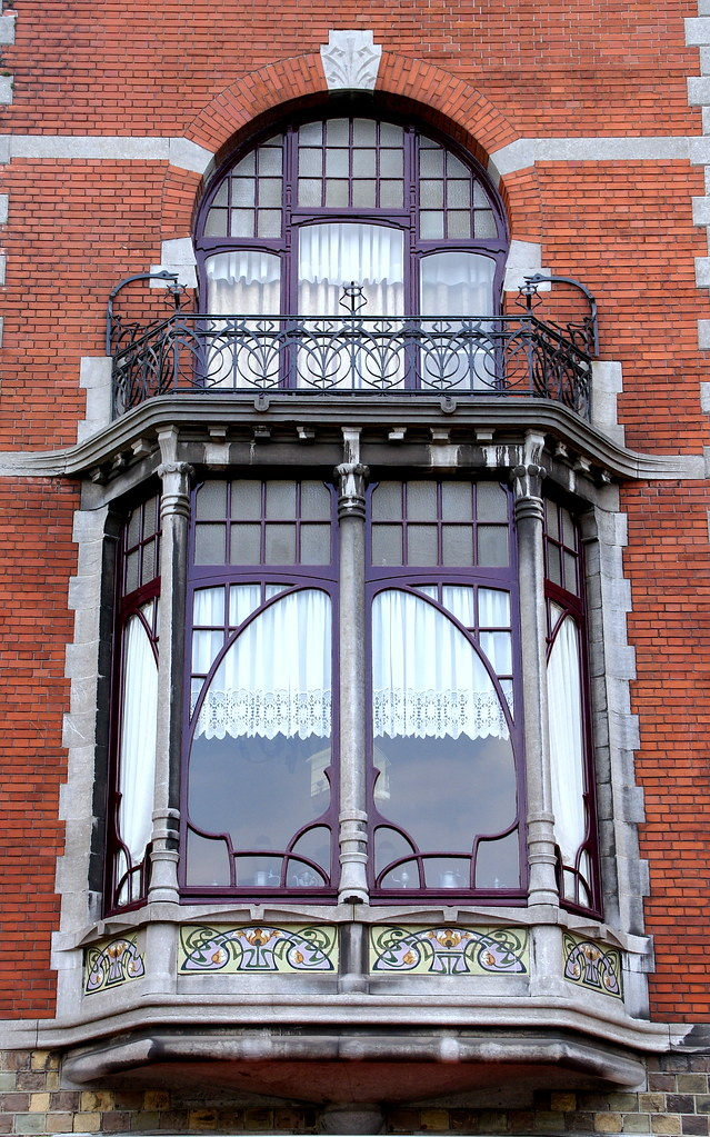 Art Nouveau Window And Balcony I Admire This Intricate