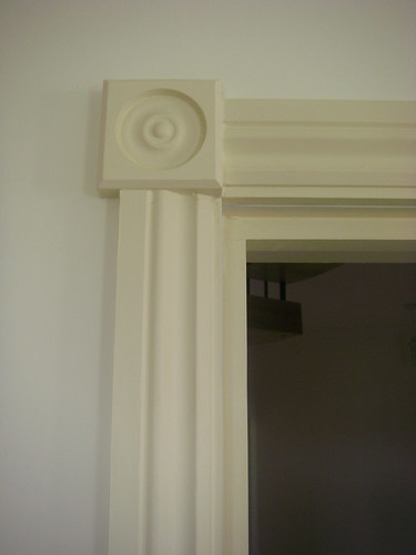 Door architrave detail flickr photo sharing for Door architrave