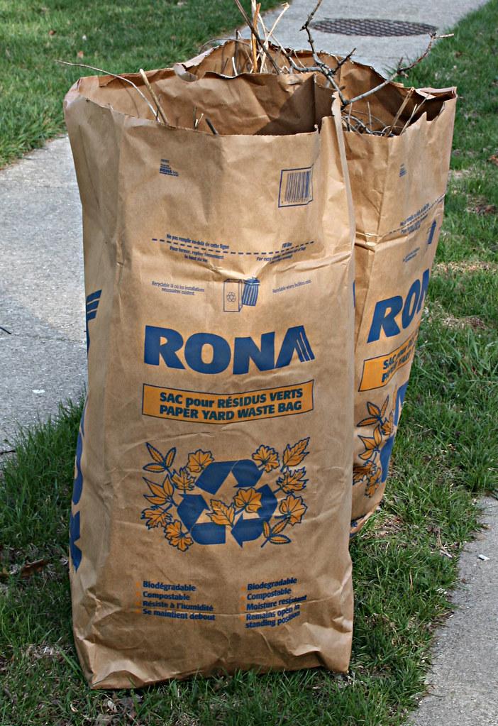 Rona Home And Garden Gloucester Flyer