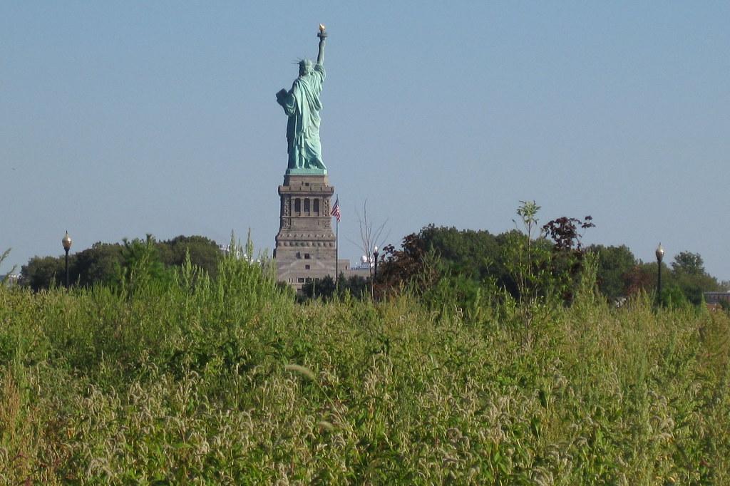 nj jersey city liberty state park statue of liberty