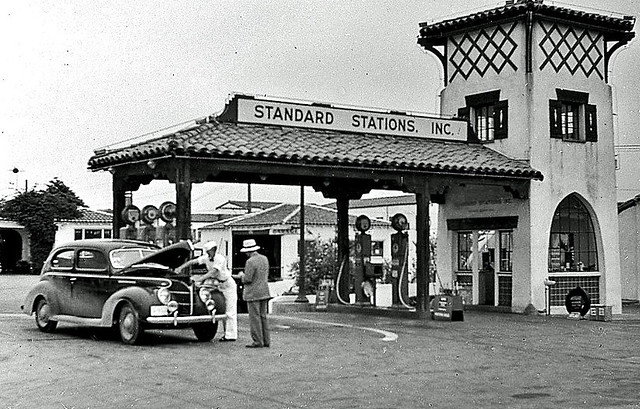 Gas Station 1939 In Southern California During The