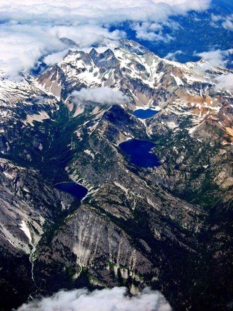 Washington State  Cascade Mountains  The Path To Heaven