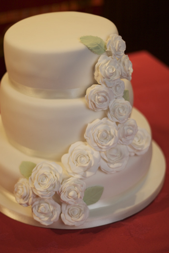 how to make a three tier wedding cake with fondant 3 tier wedding cake vintage and cake vintage amp cake 15864