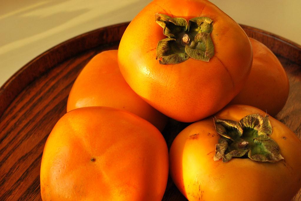 japanese persimmon / 柿 kaki   [puamelia]   Flickr