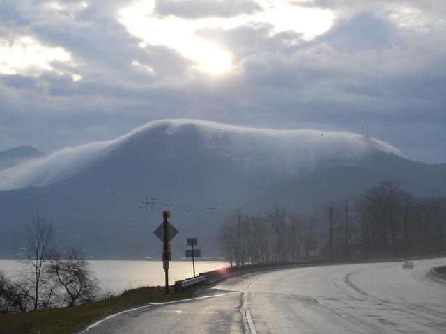 Cloud over Bell Mounta...
