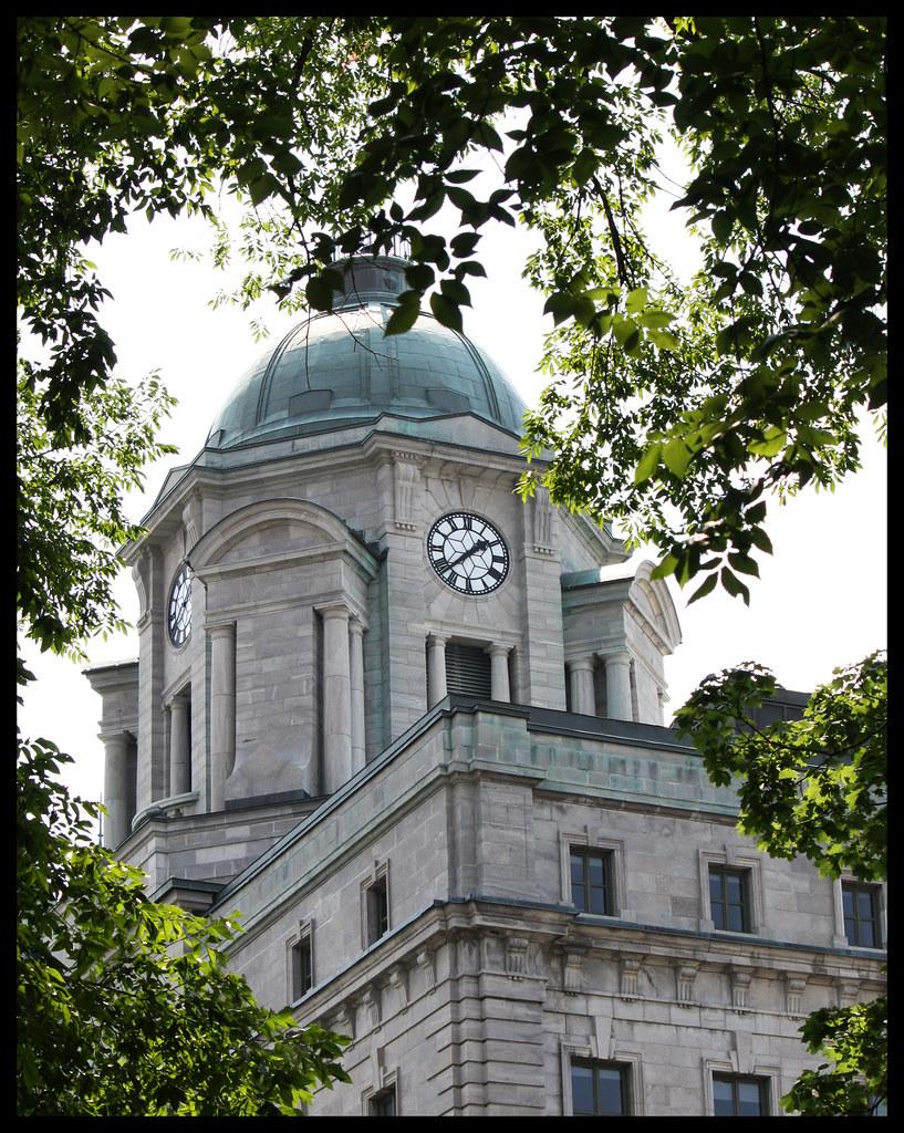 Bureau de poste campanile du vieux bureau de poste de qu b jean baptiste maur flickr for Bureau de poste