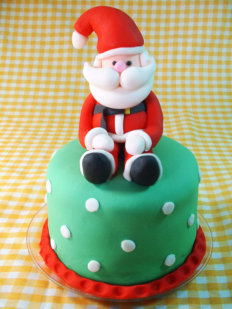 Cakes With Santa Claus On